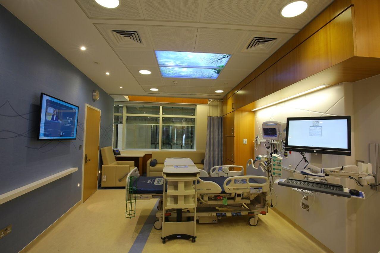03 - Sidra Medicine - Patient Room sm.jpg