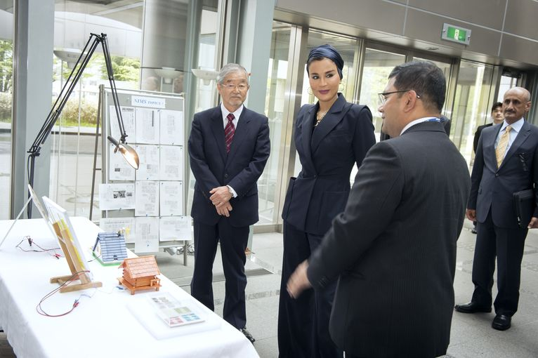 Her Highness Sheikha Moza bint Nasser discussing with senior executives from the National Institute for Materials Science.jpg