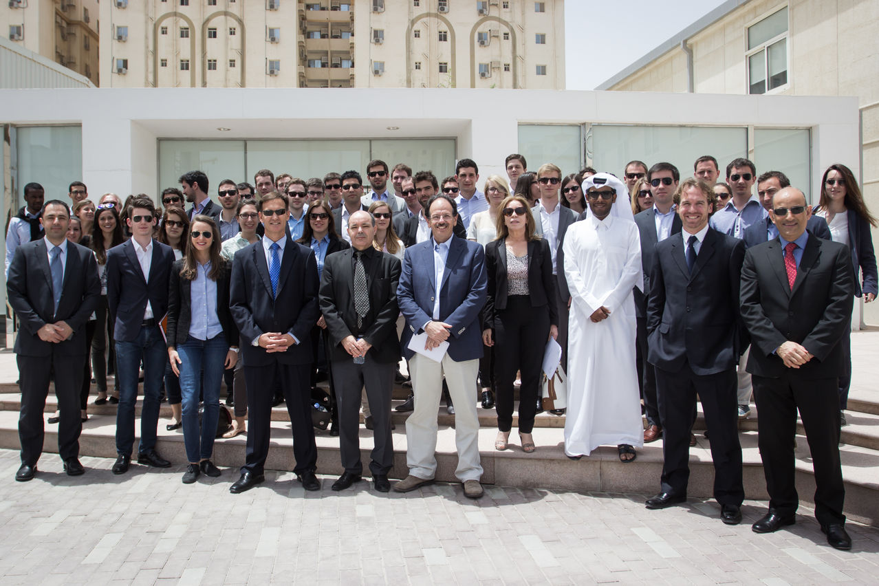 Large Project Management Students From HEC Paris Visit Qatar