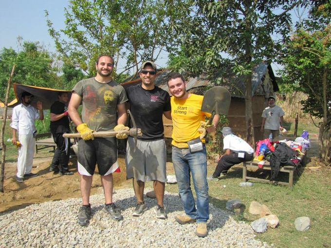 Carnegie Mellon Students Volunteer in Nepal and Thailand