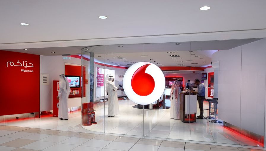 Vodafone Store at Landmark Mall.jpg